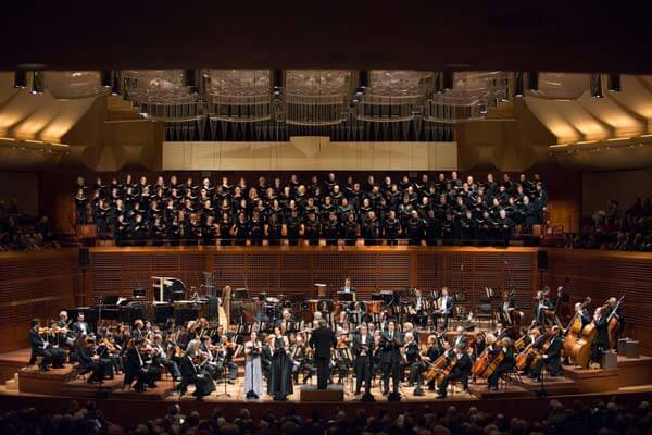 San Francisco Symphony Orchestra, soloists, and chorus perform Beethoven's Mass in C (photo credit: Kristen Loken)