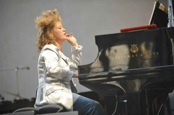 Lisa Moore, pianist