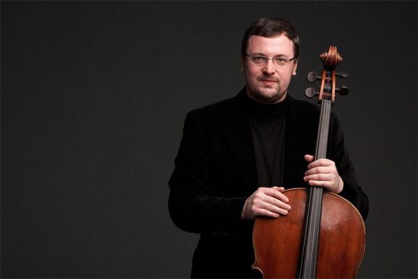 Dmitry Kouzov
